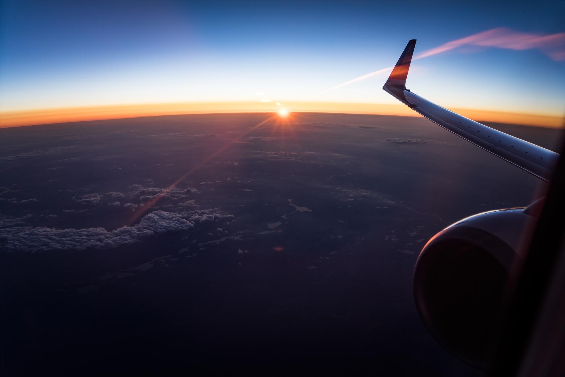 04f9d4aa1e3 Guide: Sådan finder du billige flybilletter - We Backpack