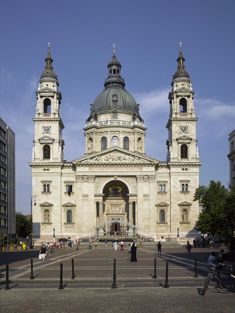 HUN-2015-Budapest-St._Stephen's_Basilica